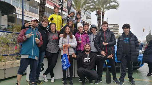 El team Be watersports en I prueba Circuito Mediterráneo SUP RACE
